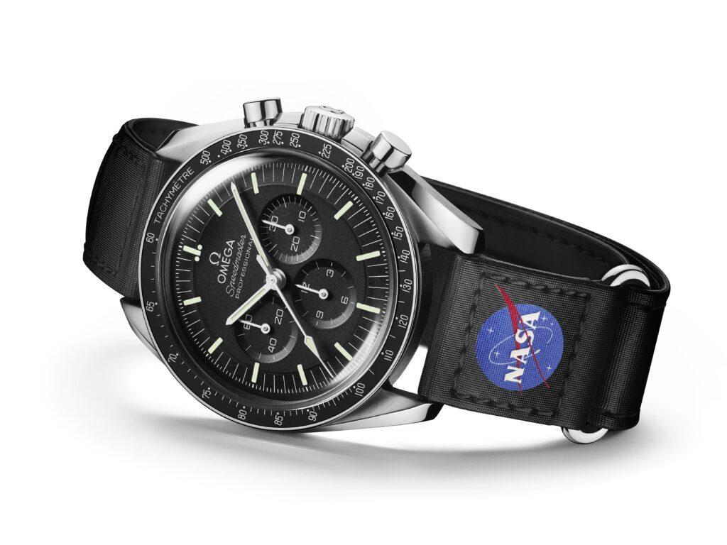 Omega Speedmaster Moonwatch Nouvelles Sangles Velcro replica montre avis